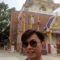 Photo taken at Wat Buddha Thai Thavorn Vanaram by Jacky L. on 6/8/2017