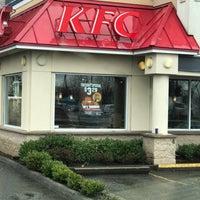 Photo taken at KFC by Darrell U. on 4/10/2017