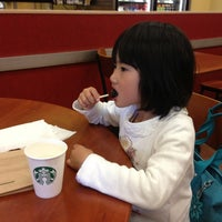 Photo taken at Starbucks by Yacchy on 3/16/2013