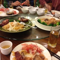 Photo taken at Hong Kong Saigon Seafood Harbor Restaurant by Yacchy on 11/15/2012