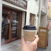 Das Foto wurde bei PEACE COFFEE ROASTERS 西新橋店 von Kaoru Y. am 8/1/2013 aufgenommen