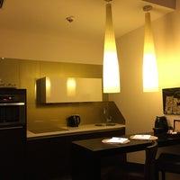 Das Foto wurde bei MyPlace Hotel City Centre von BL . am 12/14/2016 aufgenommen