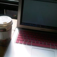 Photo taken at Angel-in-us Coffee by Hyojin Hazel L. on 10/31/2012
