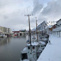 Photo taken at Johs. H. Giæver Sjøhus og Rorbuer by Theerapat Y. on 3/30/2017