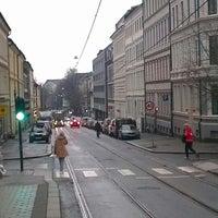 Photo taken at Stensgata (trikk) by Øyvind Kveine H. on 11/10/2012