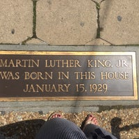 Photo taken at Martin Luther King Jr. Birth Home by Ting T. on 7/3/2017