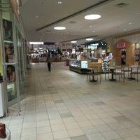 10/18/2013にJohn K.がMeridian Mallで撮った写真