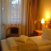 Photo taken at Hohe Rinne Păltiniș Hotel & Spa by Liliana P. on 2/15/2013