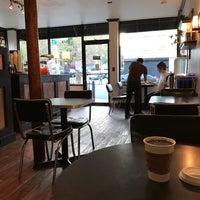Снимок сделан в Southside Coffee пользователем Andrew F. 11/1/2016