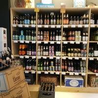 Das Foto wurde bei Holy Craft Beer Store von Holger B. am 12/7/2017 aufgenommen