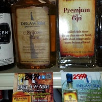Photo taken at Pockets Discount Liquor by Antionette B. on 12/13/2013