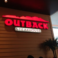 Photo taken at Outback Steakhouse by Lucas S. on 4/21/2013