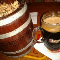 Photo taken at Roadhouse Grill by Leonardo D. on 2/3/2013