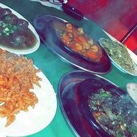 Photo taken at The Chinese Restaurant (Abu Khalil) | المطعم الصيني (أبو خليل) by Sama S. on 2/3/2015
