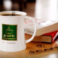 Photo taken at dr.CAFE COFFEE | د. كيف by Emad A. on 3/2/2016