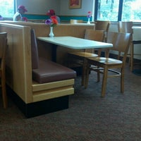 Photo taken at Wendy's by Fluffycakes D. on 1/8/2013
