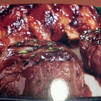 Photo taken at Tony Roma's: Ribs, Seafood & Steaks by Miguel A. on 1/20/2013