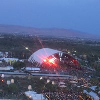 Photo taken at Coachella Main Stage by Erik H. on 4/11/2015