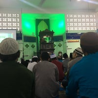 Photo taken at Masjid Jamek Sungai Abong by Syaffiq I. on 6/25/2017