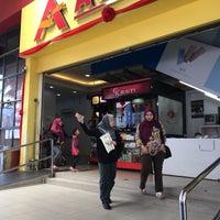 Photo taken at Astaka Muar Shopping Mall by Syaffiq I. on 2/11/2017