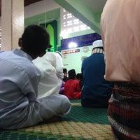 Photo taken at Masjid Jamek Sungai Abong by Syaffiq I. on 10/5/2014
