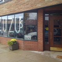 10/13/2012에 Michael B.님이 Madame Zuzu's Tea House에서 찍은 사진