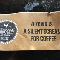 Foto scattata a Breakfast Republic da Joe C. il 10/3/2015