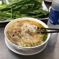 Photo taken at Phở Hồng by Sean T. on 4/20/2018