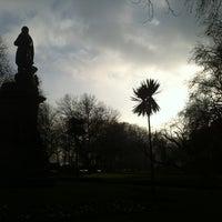 Photo prise au Whitehall Gardens par Ivan C. le1/11/2013