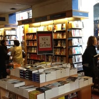 Whsmith bookstore in paris photo taken at whsmith by ivan c on 10122012 solutioingenieria Choice Image