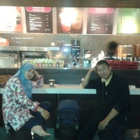 Photo taken at Dunkin' Donuts by Pref T. on 9/1/2013