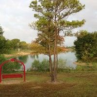 รูปภาพถ่ายที่ Tom Bass III Regional Park โดย L-Mac เมื่อ 8/16/2013