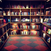 Foto tirada no(a) Livraria Cultura por Raquel S. em 9/29/2013