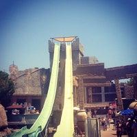 7/8/2013 tarihinde Corina C.ziyaretçi tarafından Rixos Premium Troy Aqua Park'de çekilen fotoğraf