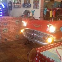 Photo prise au sunny diner par Read My Lips .. le4/26/2014