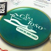 Foto tirada no(a) La Casa de Toño por Iván M. em 11/2/2012