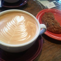 6/1/2013にErika F.がThird Rail Coffeeで撮った写真
