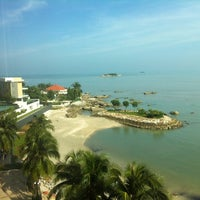 Photo taken at Four Points by Sheraton Penang by Colin C. on 11/4/2013