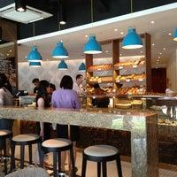Das Foto wurde bei artisan boulangerie co. von Jaclyn L. am 9/18/2013 aufgenommen