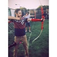Foto tirada no(a) Biola Archery por Zachary P. em 5/1/2014