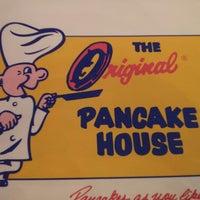 รูปภาพถ่ายที่ The Original Pancake House โดย Jeff M. เมื่อ 4/8/2013