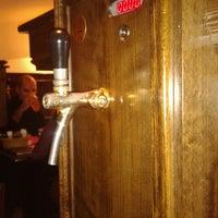 11/15/2012 tarihinde Maria K.ziyaretçi tarafından Ale House'de çekilen fotoğraf