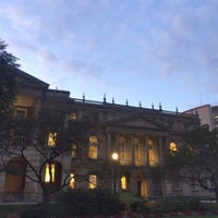 Photo taken at Osgoode Hall Park by Jean S. on 8/23/2017