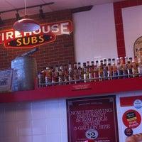 รูปภาพถ่ายที่ Firehouse Subs โดย John S. เมื่อ 10/1/2012