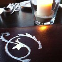 Das Foto wurde bei IMARA Restaurant Bar Lounge von Kixka N. am 4/20/2013 aufgenommen