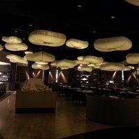 Foto scattata a Nobu Restaurant Caesars Palace da JEM T. il 6/17/2013