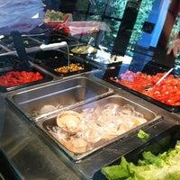 รูปภาพถ่ายที่ Willy's Mexicana Grill #8 โดย Kira L. เมื่อ 10/22/2012