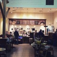 Photo taken at Peet's Coffee & Tea by Leif E. P. on 2/17/2015