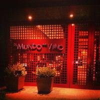 Foto tomada en El Mundo del Vino por Renato D. el 10/8/2013