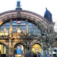 Photo taken at Frankfurt (Main) Hauptbahnhof by Vitor F. on 11/6/2012